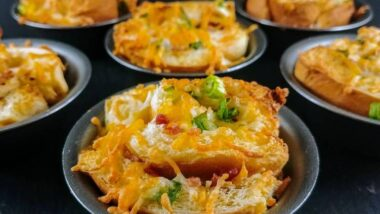 Delicious Bacon and Cheese Breakfast Cups In 20 minutes_5f76f7d835fca.jpeg