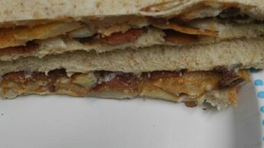 Delicious Bacon and Potato Sandwich In 19 minutes_5f785247605bd.jpeg