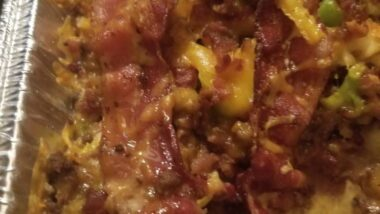 Delicious Bacon Cheeseburger and Veggie casserole In 17 minutes_5f75a46b56186.jpeg