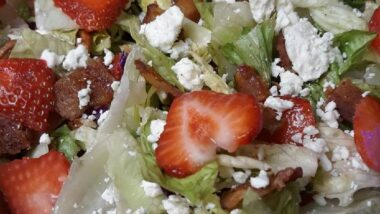 Delicious Strawberry Bacon Blue Salad In 18 minutes_5f75a366bcbd5.jpeg