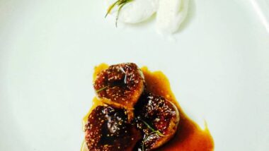 Easiest Way to Prepare Yummy Roasted Figs with Balsamic and Rosemary_5f78516c6ac08.jpeg