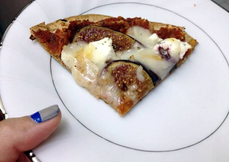 How to Prepare Appetizing Fig Pizza_5f78518fae5a6.jpeg