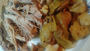 How to Prepare Perfect Roasted Apples Figs Pork and Cauliflower_5f78511f60ca2.jpeg