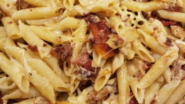 Perfect Chicken Bacon Sundried Tomato Pasta In 19 minutes_5f75a3db8357c.jpeg