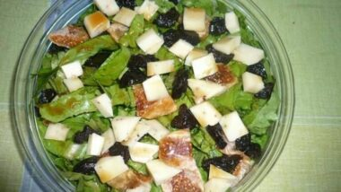 Recipe: Appetizing Salad with dried fruits and balsamic vinegar_5f76f7de63ce1.jpeg