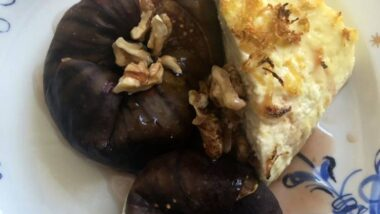 Recipe: Delicious Baked ricotta and figs_5f76f6c4cfcbb.jpeg