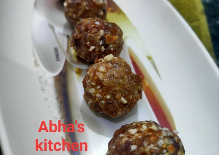 Recipe: Tasty Fig-dates instant dry fruits ladoo_5f76f8417e359.jpeg