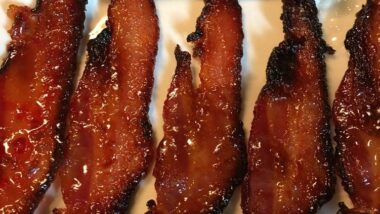 Tasty Candy Bacon In 18 minutes_5f7851002172f.jpeg