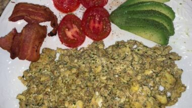 Tasty Scrambled Eggs with Jalapeño Popper Stuffing In 16 minutes_5f78552a2dfdc.jpeg