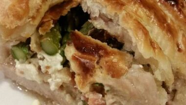 Yummy Brad's bacon asparagus and cream cheese stuffed pork wellington In 15 minutes_5f7852942360c.jpeg