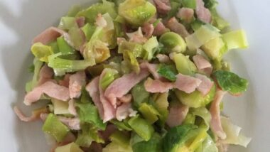 Yummy Brussel Sprouts with Leeks and Bacon In 16 minutes_5f78520611d3d.jpeg
